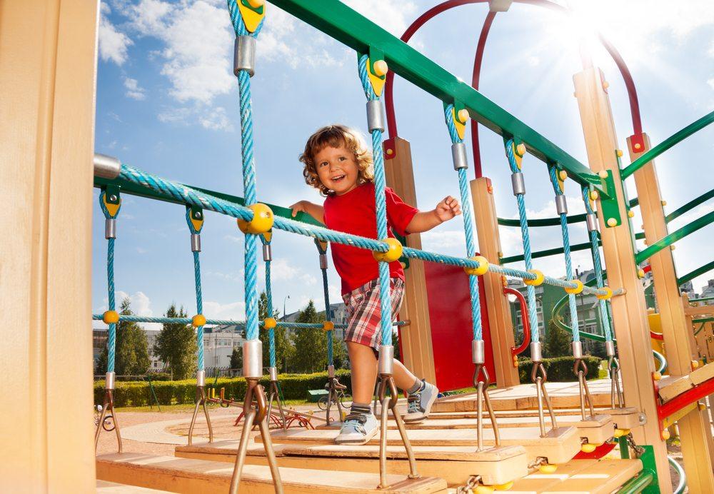 A finalidade dos parques de diversão vai além da diversão, o playground também auxilia no desempenho escolar!