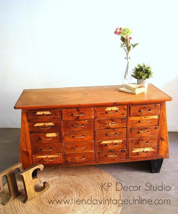 Comprar cajonera antigua de madera vintage. aparadores con muchos cajones
