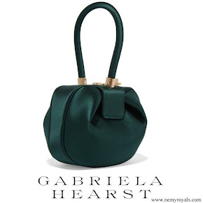 Meghan Markle carried GABRIELA HEARST Demi satin tote