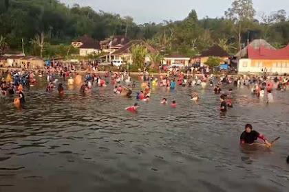 Tradisi Bacarotai Nagari Sungai Tanang Sebuah Kearifan Lokal
