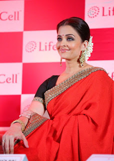Aishwarya Rai Red Saree 3