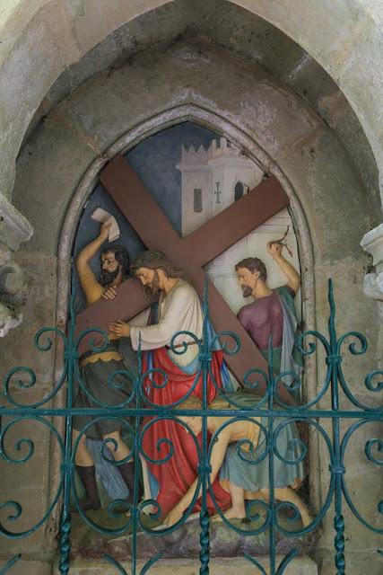 Way of the cross. Standing. Second. Rocamadour. France. Крестный путь. Стояния. Второе. Рокамадур. Франция.