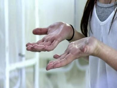 Mengapa Telapak Tangan Sering Berkeringat ?