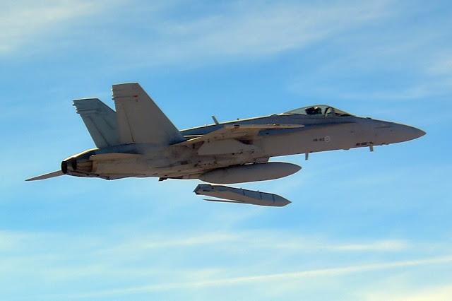 Finnish Hornet test fires JASSM missile