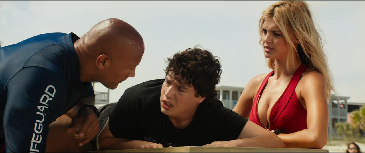 Baywatch Guardianes de la bahía (2017) HD 720p Latino - Ingles captura 1