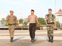 Amankan Pemilu , TNI - Polri Gelar Pasukan di Lapangan Karebosi Makassar