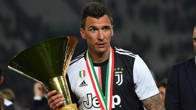 Mandzukic hoàn toàn mất chỗ đứng ở Juventus.