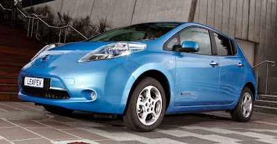 Nissan Leaf with 300 km range on sale by 2017   Electric
