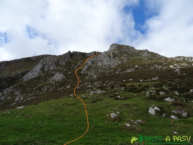 Pico Carriá desde San Ignacio: De los Cabrios al Pico Roble