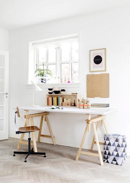 Thiết kế sáng tạo, tinh tế cho bàn làm việc tại nhà