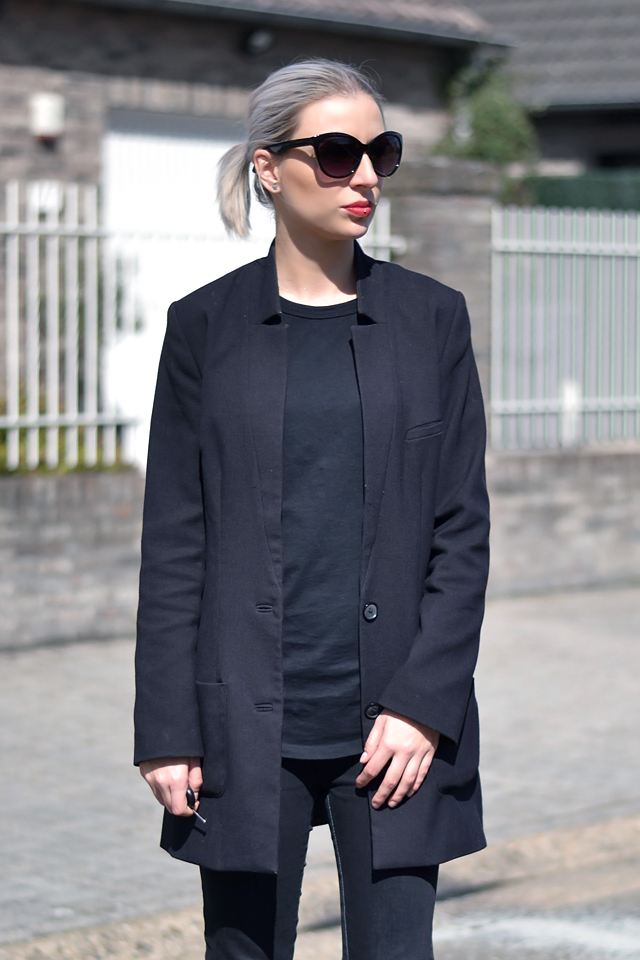H&m blazer, boyfriend blazer, everything black, outfit, street style fashion