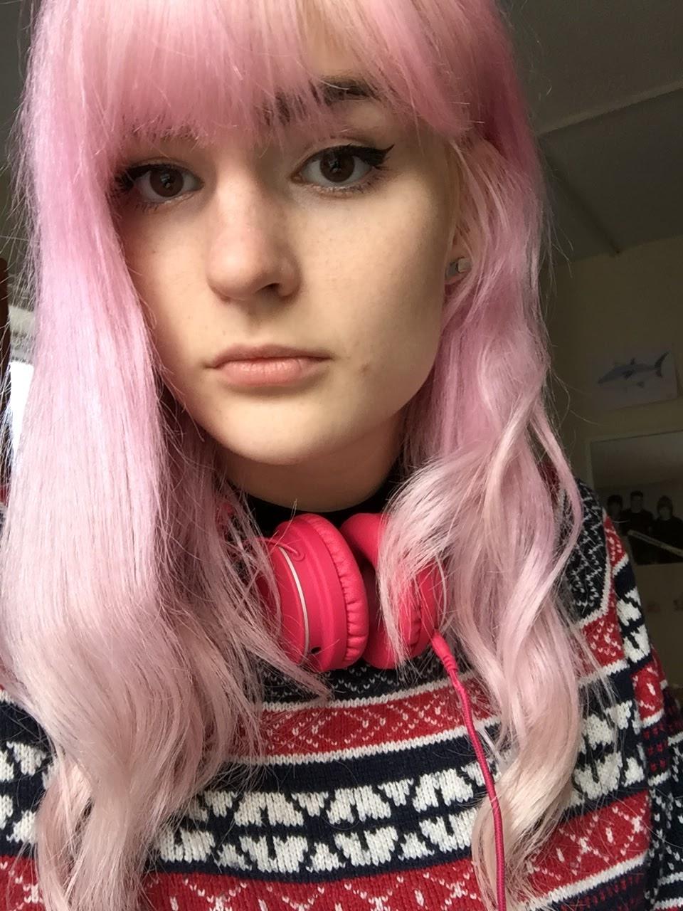 Bleach London Rosé Pink hair