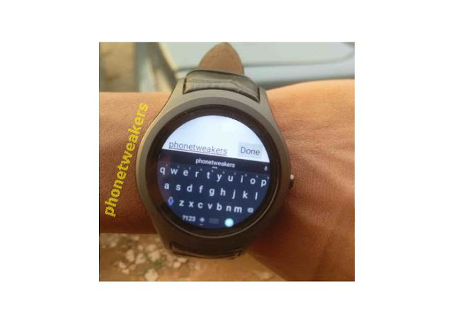 No.1 D5+ Smartwatch Typing