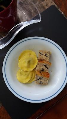 Terrine de viande aux oeufs et flocons d'avoine ;Terrine de viande aux oeufs et flocons d'avoine .