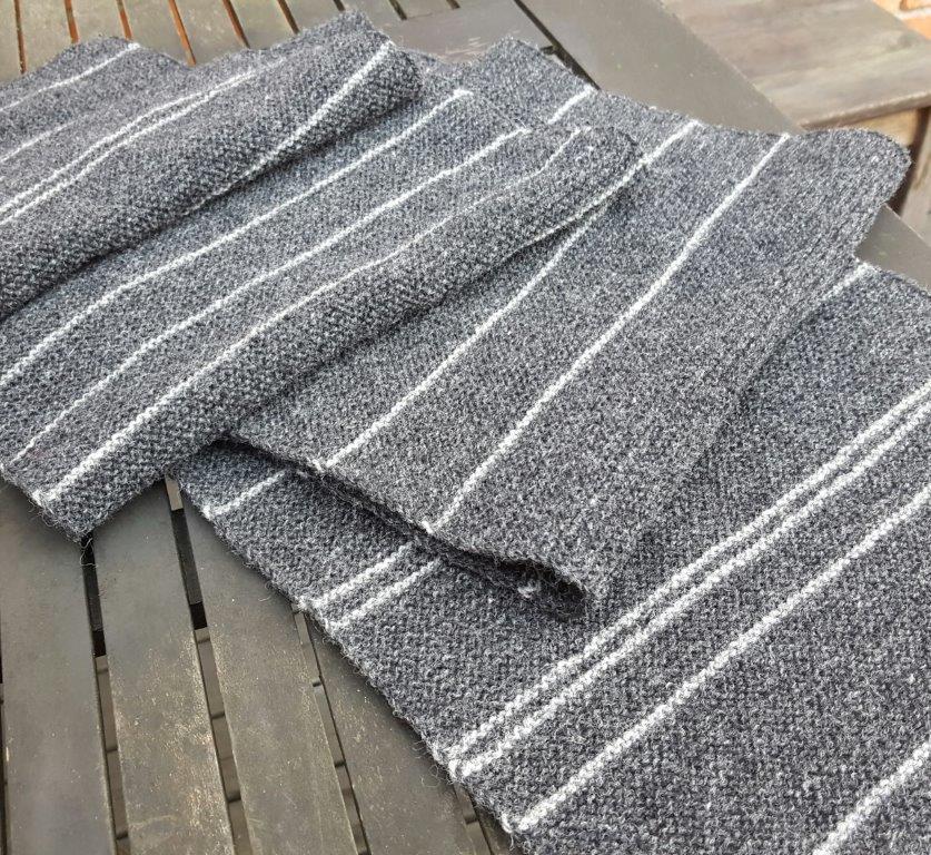 Lappone Grey Scarf In Garter Stitch