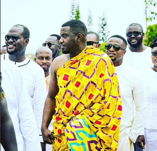 Who is john dumelo dating currently under construction
