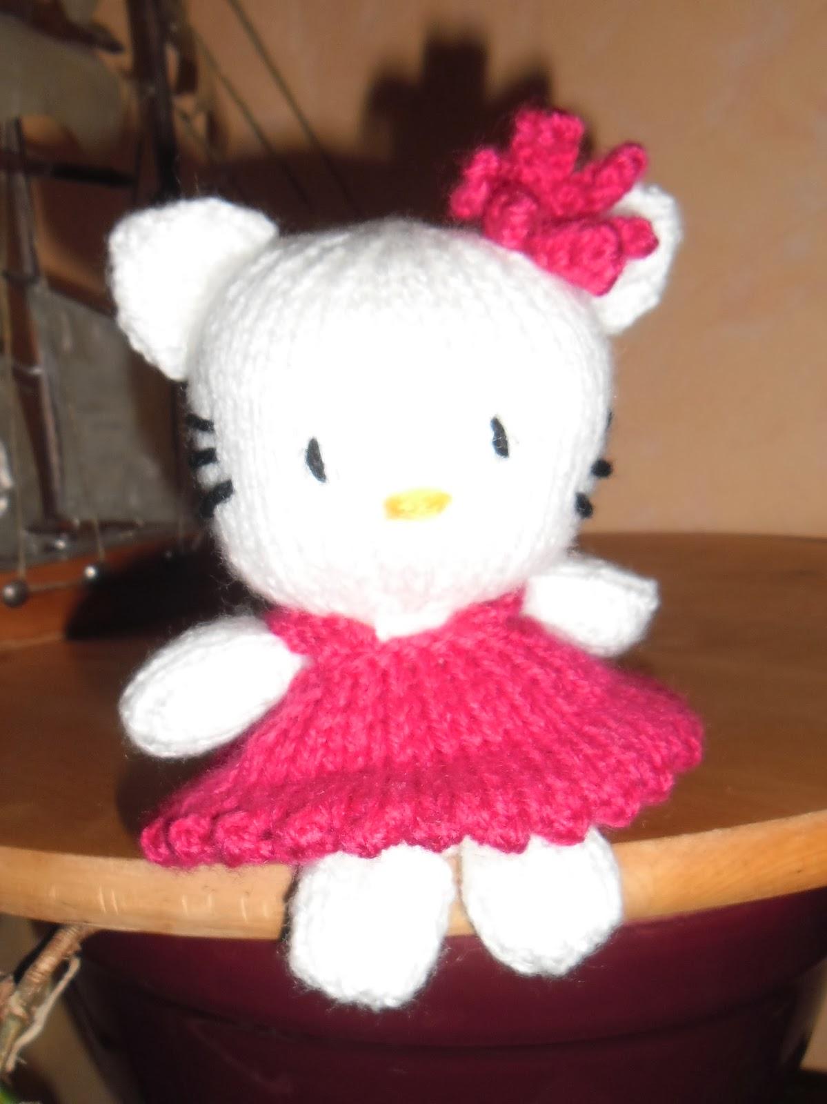 Du tricot et des jouets joyeux no l avec hello kitty - Modele hello kitty ...