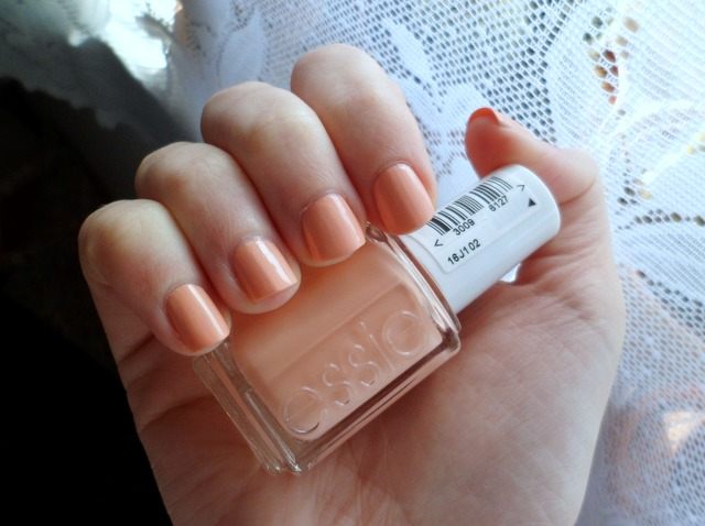 Affordable Treats: Essie A Crewed Interest A Crewed Interest Essie