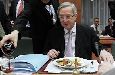 Juncker drinking