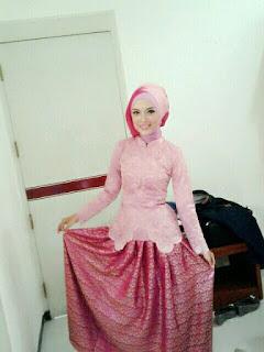 Hijab Kebaya Wisuda 2018