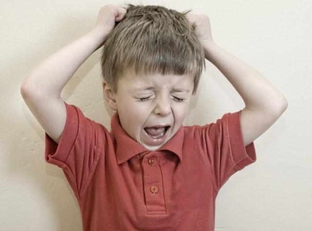 7+ Faktor Penyebab Anak Menjadi Pemarah dan Cengeng