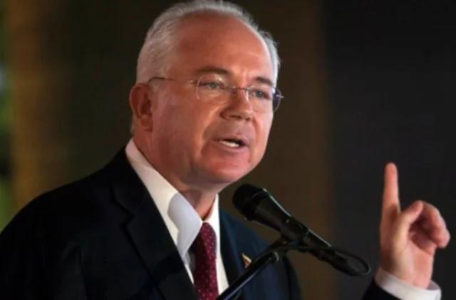 Rafael Ramírez: Maduro vendió parte de Pdvsa a los chinos