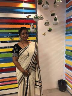 Sona Nair Hot Photos In Saree