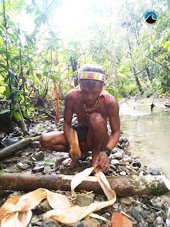Suku Sikerei Mentawai
