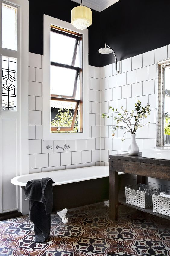 http://www.homestolove.com.au/gallery-carla-and-bens-art-deco-style-new-house-1798