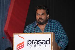Vizhithiru Movie Press Meet Stills  0028.jpg