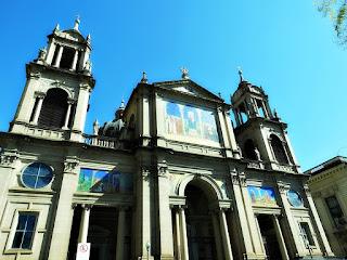 A Fachada da Catedral Metropolitana de Porto Alegre