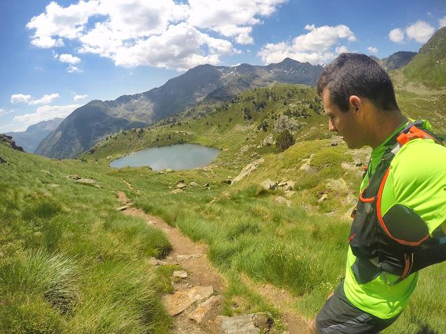 Correteando junto a los lagos de Tristaina