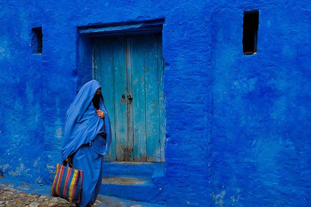 تفسير رؤيه اللون الأزرق في المنام