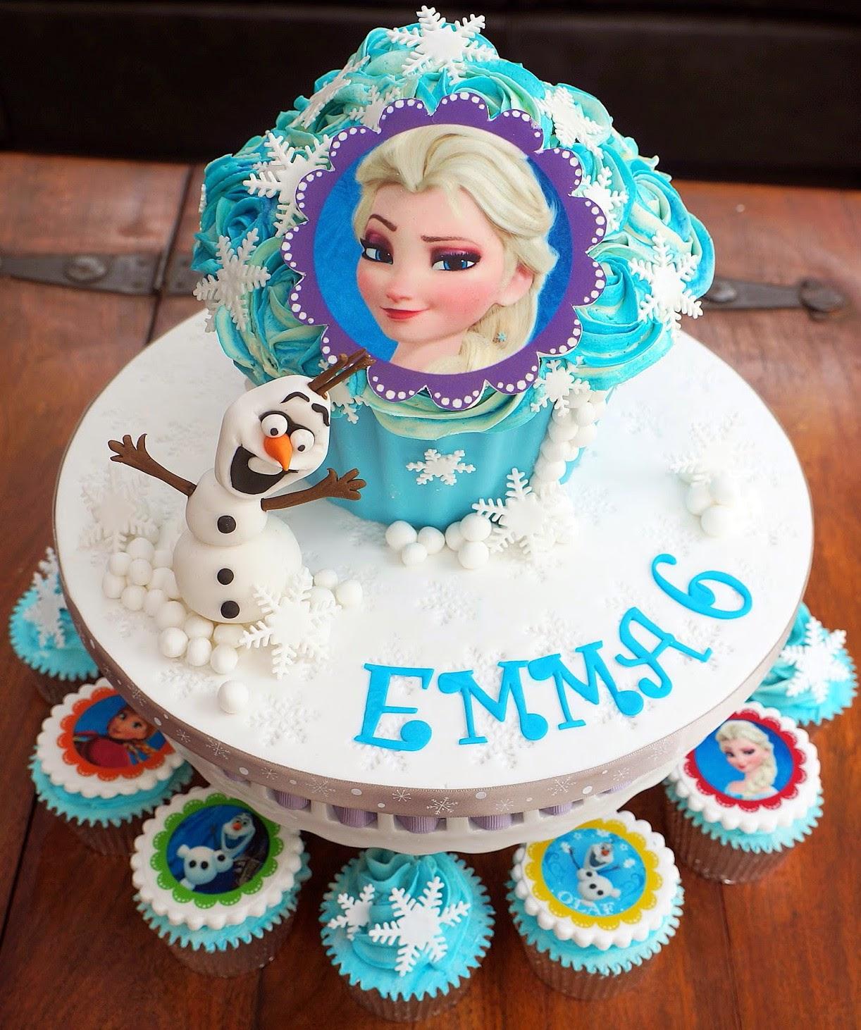 The Bowen Knot ⌘: Happy 6th Birthday, Emma Doll