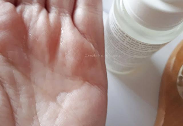 sachajuan-shine-serum-textura
