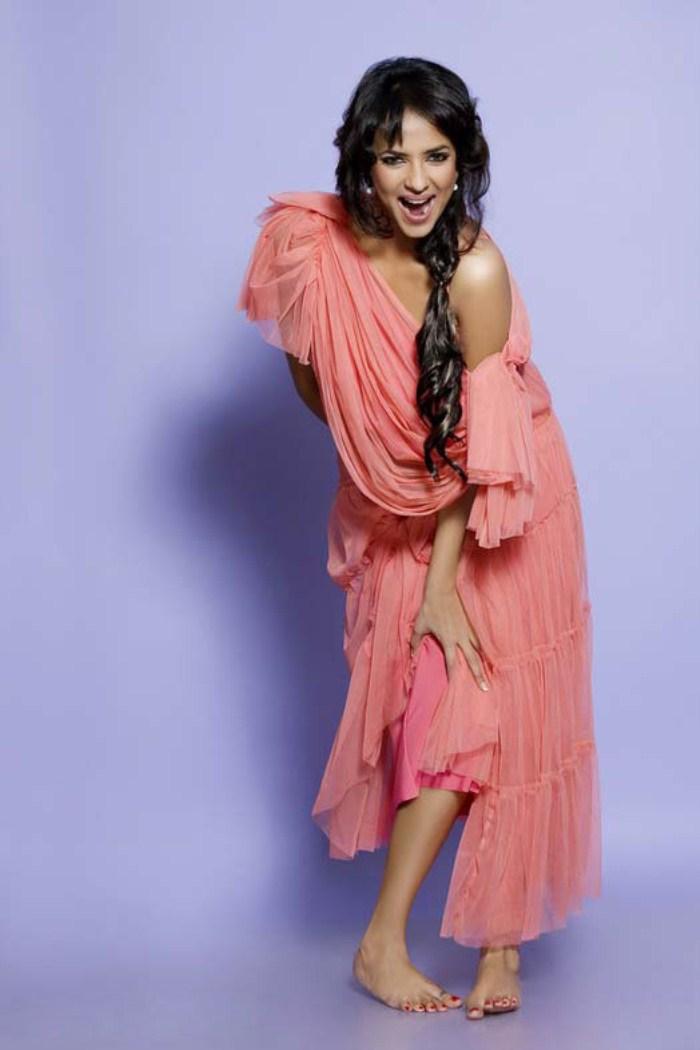 gorgeous hot sexy exotic Manchu lakshmi prasanna photo shoot