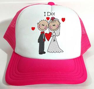 Boné para noiva e casamentos personalizado com bordado | casal de noivos