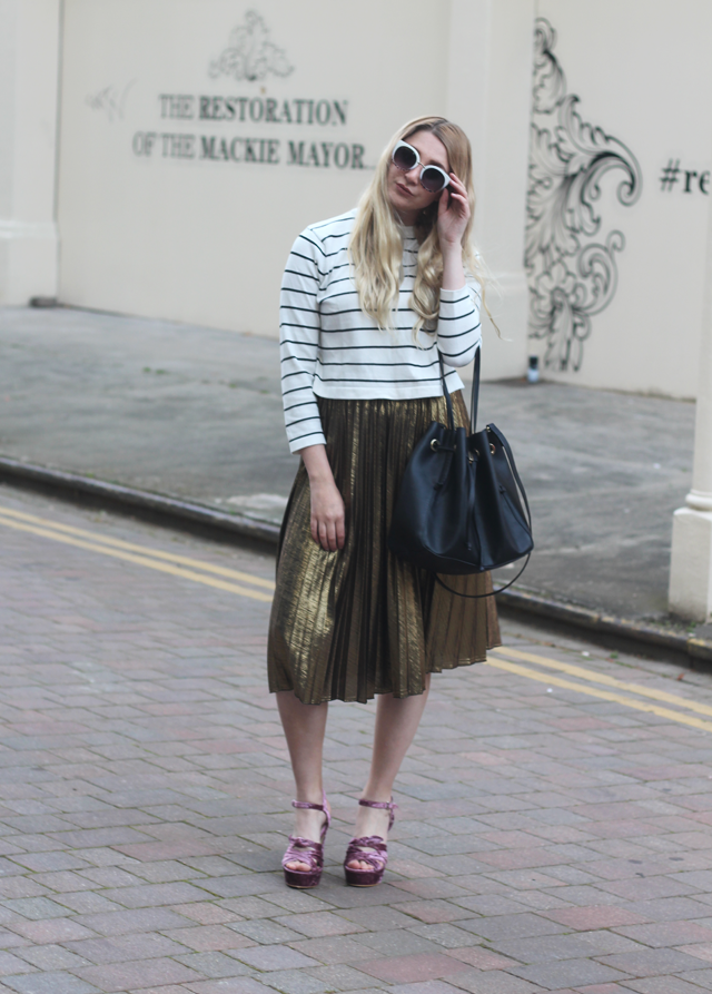 how to wear pleated skirt fashion blog