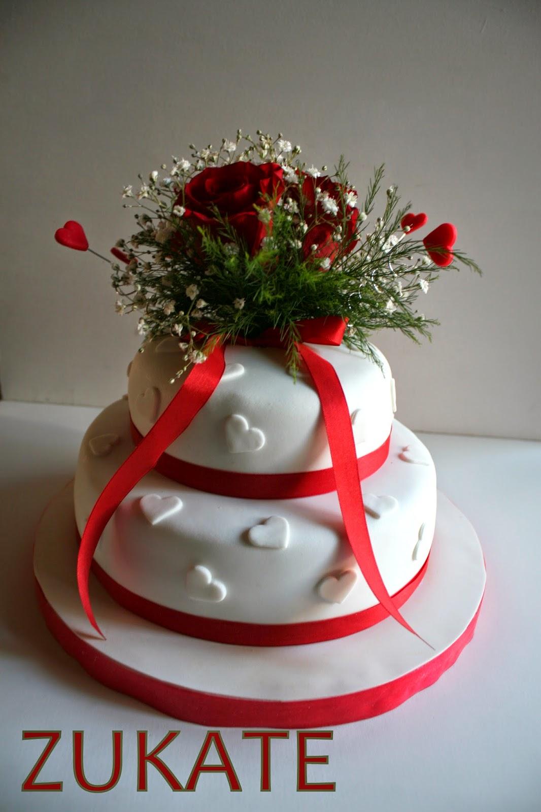 Torta De Boda Con Rosas Rojas Para Carolina Zukate