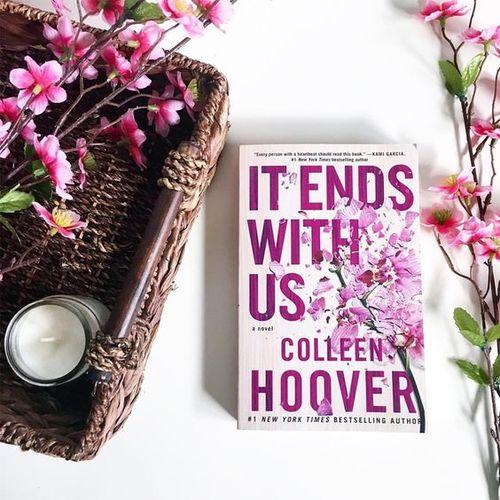 Könyves boldogság : Colleen Hoover: Velünk véget ér