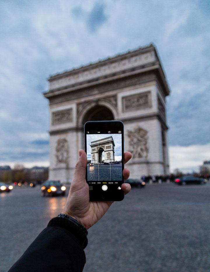 Smartphone - Gajet Perlu Bawa Kalau Pergi Bercuti