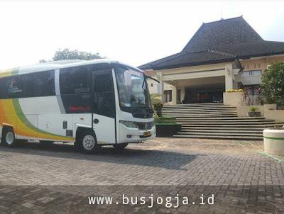 Sewa Bus Jogja Tujuan Disnakertrans Kulon Progo