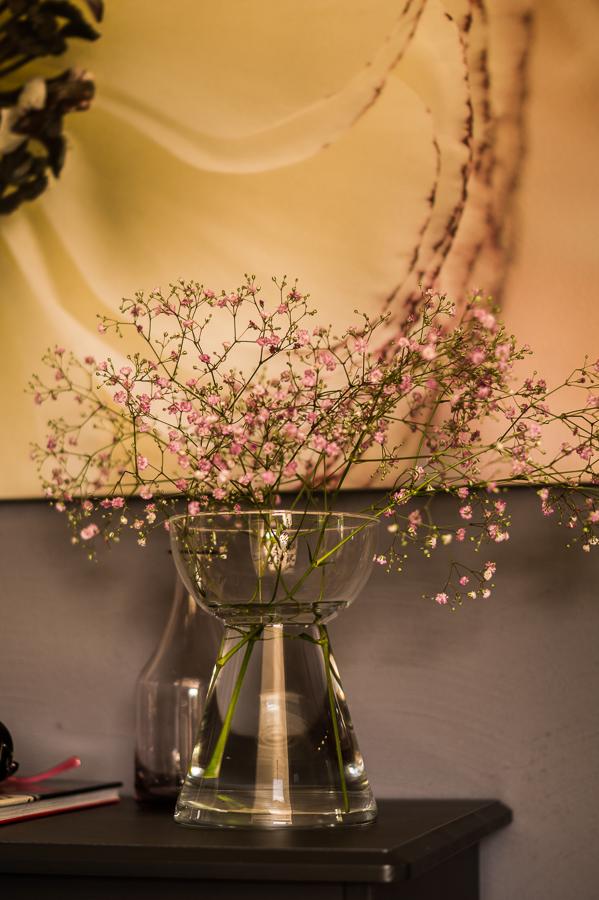 Blog + Fotografie by it's me   fim.works   Flower Friday   Rosa Schleierkraut   Glasvase