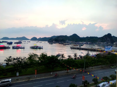 Cat Ba Ha Long Hotel Vietnam