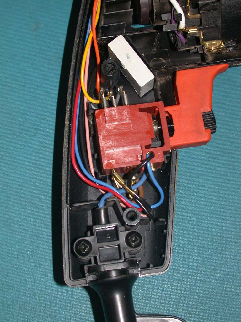 Pat Testing And Electrical Safety Class I Ii Appliances You Should Understand Why Are Earthed This Is Best Shown By Looking Inside A 2 Electric Drill Which Has Been Opened Up One Can See That As Well The Plastic Connector Providing