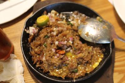 JustMom-Kuya-J-Restaurant-Pork-Sisig