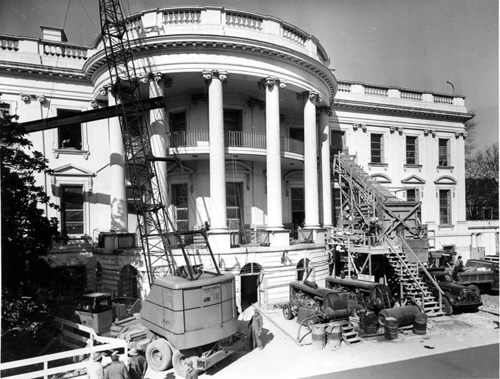 Removing debris from the White House. 1950.