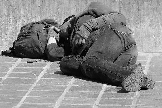 La Conselleria de Igualdad y Políticas Inclusivas ha activado una campaña contra el frío que incluye recomendaciones para atender a personas sin hogar, con el objetivo de proporcionarles una cobertura integral ante la bajada de las temperaturas que está previsto que se produzca a partir de este jueves en la Comunitat Valenciana, y que es posible que se agudice en los próximos días.