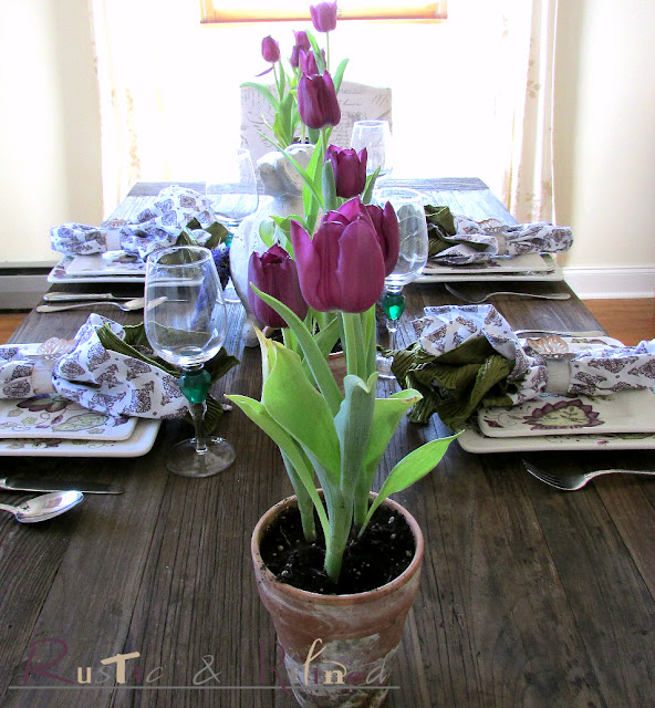 Fresh Tulips as a centerpiece for a spring table setting