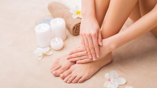 أفضل طريقة  لازالة الجلد الميت من قدمك